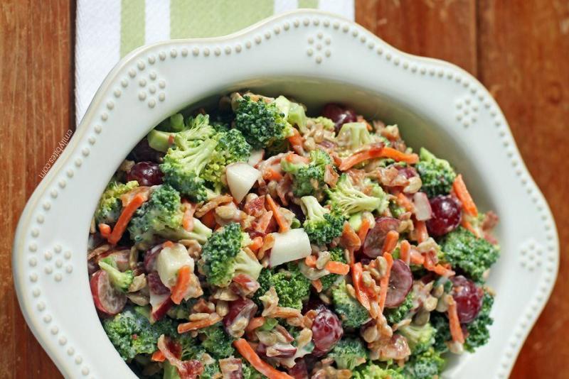 Broccoli-salad-calories