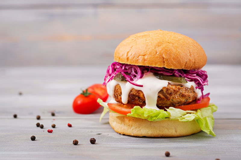 Regular-Cheeseburger-with-Lettuce-Tomato-and-Onion