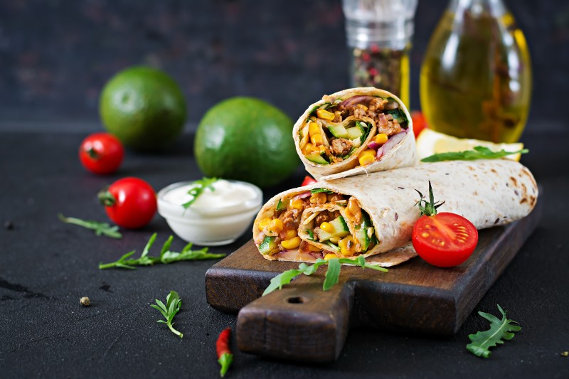 Burritos-with-fillings-of-beef