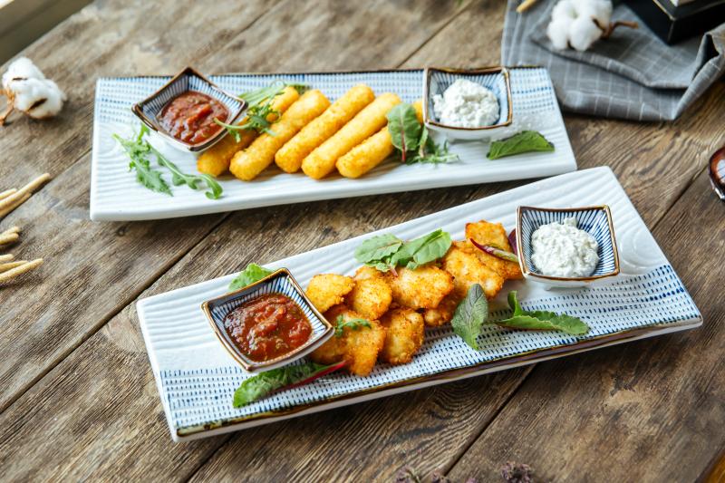 Halloumi-Fries-with-Honey-recipe
