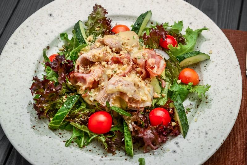 Handcrafted-Chicken-Bacon-Avocado-Salad